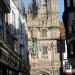 Rue accédant à la cathédrale